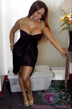 Beautyful marathy girl nude