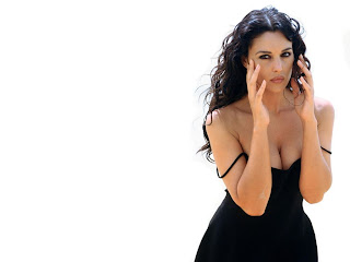 free download of monica bellucci pictues and photos