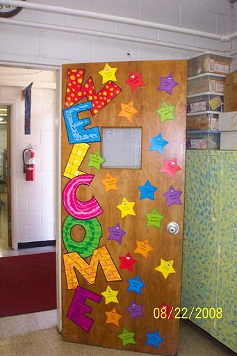 Easy Classroom Decor Ideas ~ Welcome door display learningenglish esl