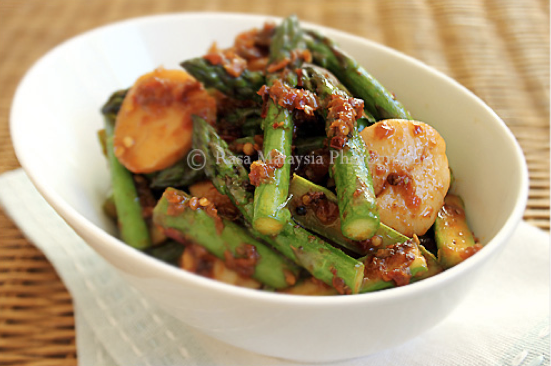 Sambal Asparagus Recipe — Dishmaps