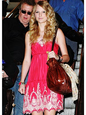 taylor swift fashion and style