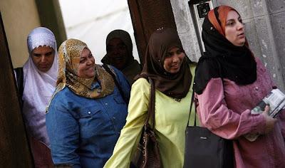 Hijabi style hijab fashion blog hijab fashion magazine in egypt long