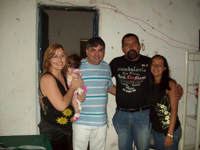 PASTOR ADONIAS,PRª MARY NA FAZENDA  COM OS IRMÃOS IRISMAR E ELIANE