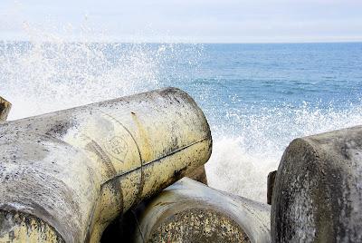 Santa Cruz breakwater