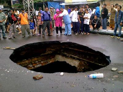 Lubang di Bandung
