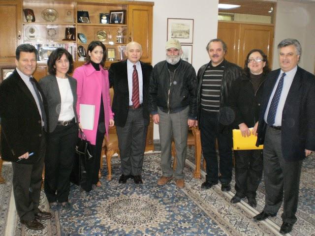 Επεσαν οι υπογραφές για το νέο Διοικητήριο στην Κυπαρισσία