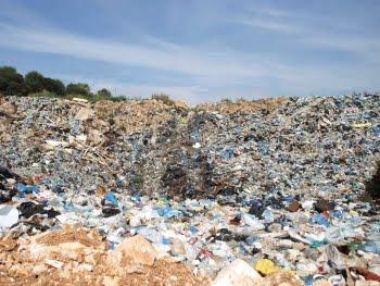 Ευθύνες στη Πολιτεία καταλόγισε ο Κολλιας για την διαχείριση των σκουπιδιών