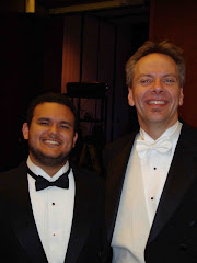 Gabriel e o professor e maestro Jeff Helmer