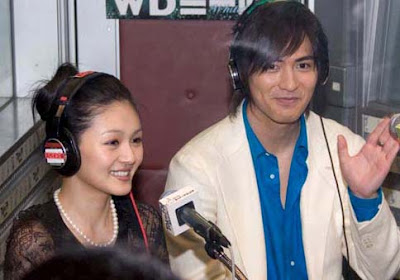 Vic Zhou and Barbie Hsu: ZaiZai said : .he loves Barbie