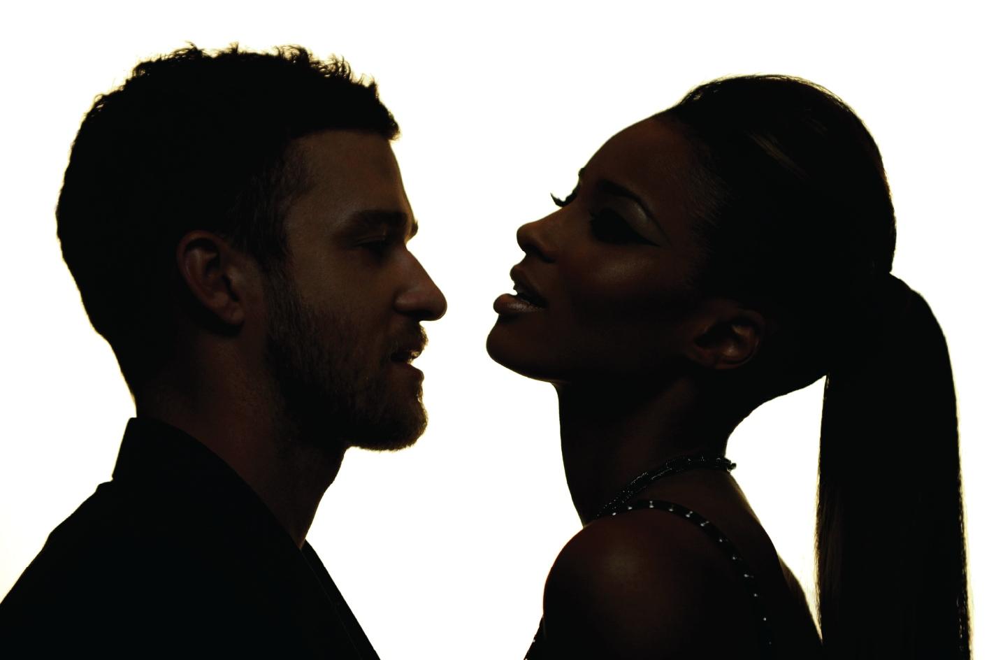 http://4.bp.blogspot.com/_B-lf6oLp2cQ/TAj1EHU9JrI/AAAAAAAAABg/JL_YGXeayMg/s1600/Ciara+%26+Justin.jpg