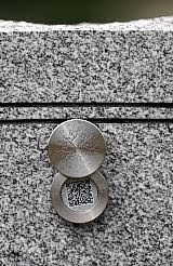 QR 'Memory Medallion' on tombstone