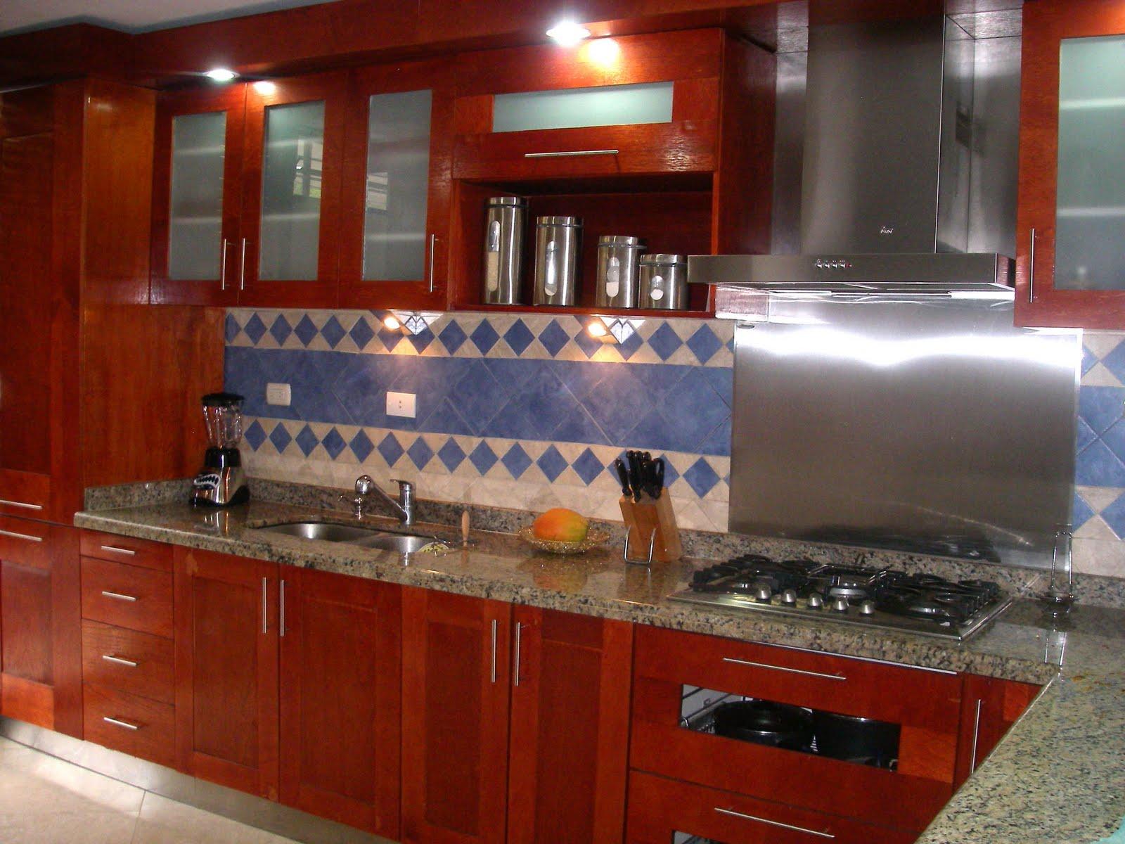 fabricamos cocinas empotradas,closets escaleras y muebles para baños