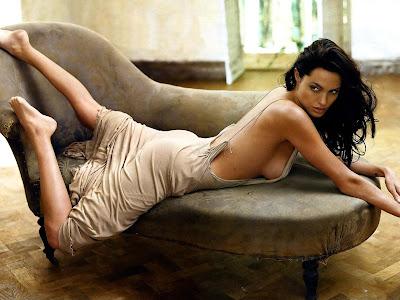 angelina jolie wallpaper. Angelina Jolie Wallpapers