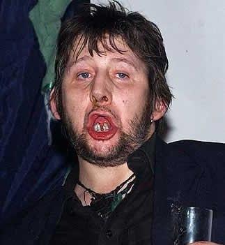 http://4.bp.blogspot.com/_B1LlYh6iKqs/TLDNtvmrdhI/AAAAAAAAC9w/plPv72-FhMY/s1600/shane-macgowan-teeth.jpg