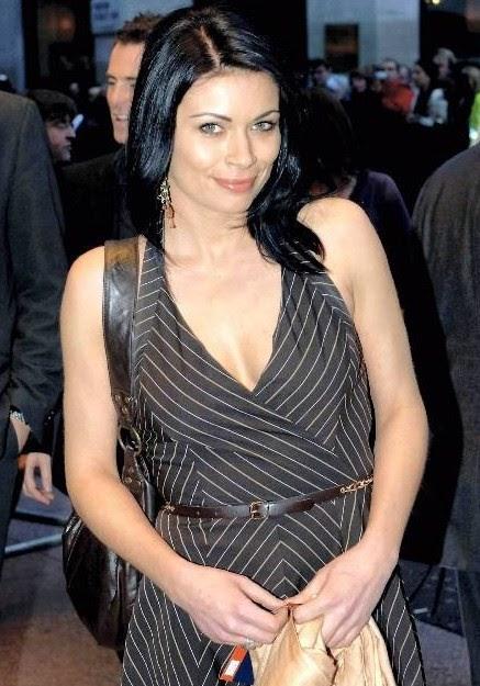 Celebrity bra size 30f