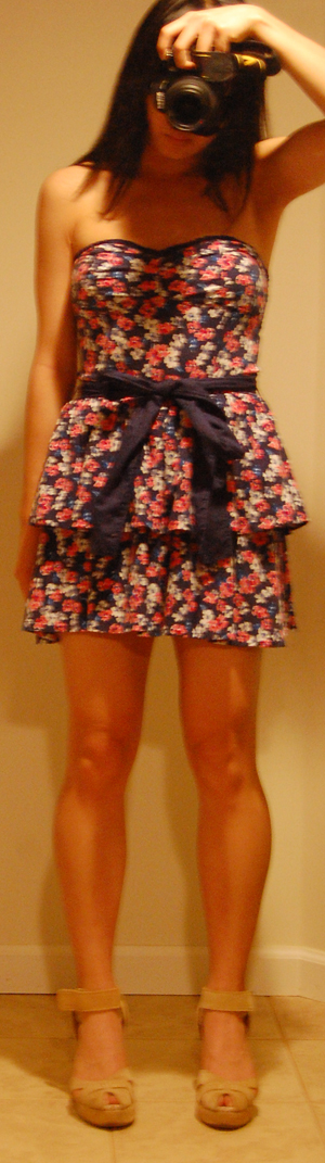 Abercrombie Tiered Floral Dress