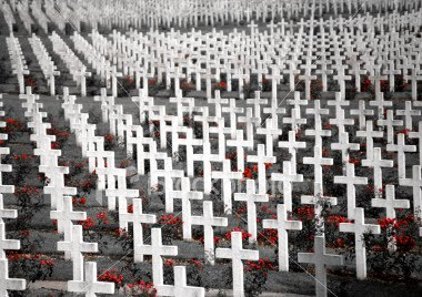 when is canadian memorial day 2015