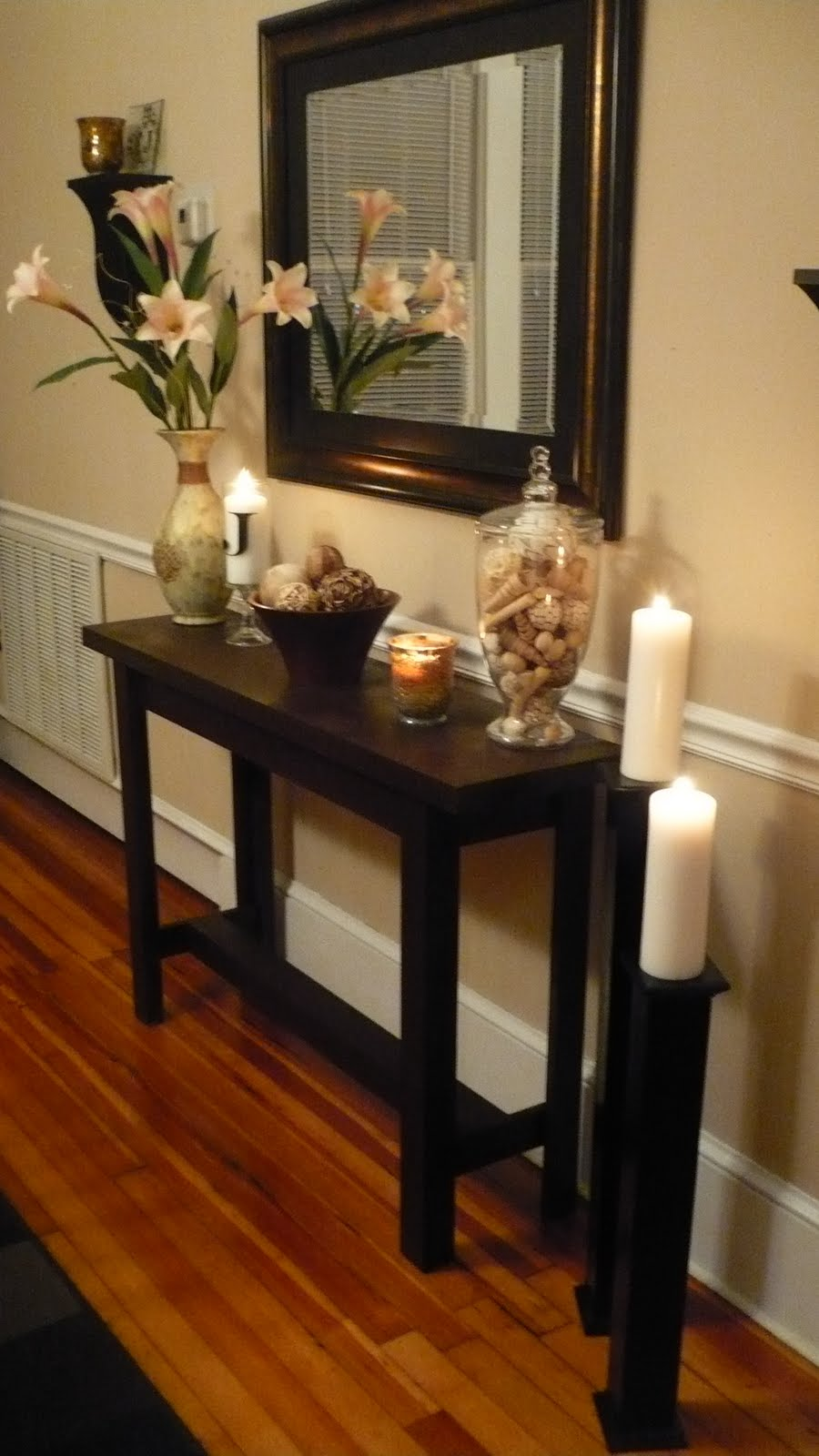 Diy console table with life as lori somewhat simple for Home design ideas hallway