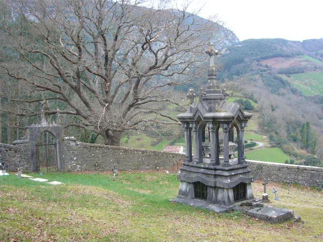El tabl n de soba arquitectura funeraria for Arquitectura funeraria