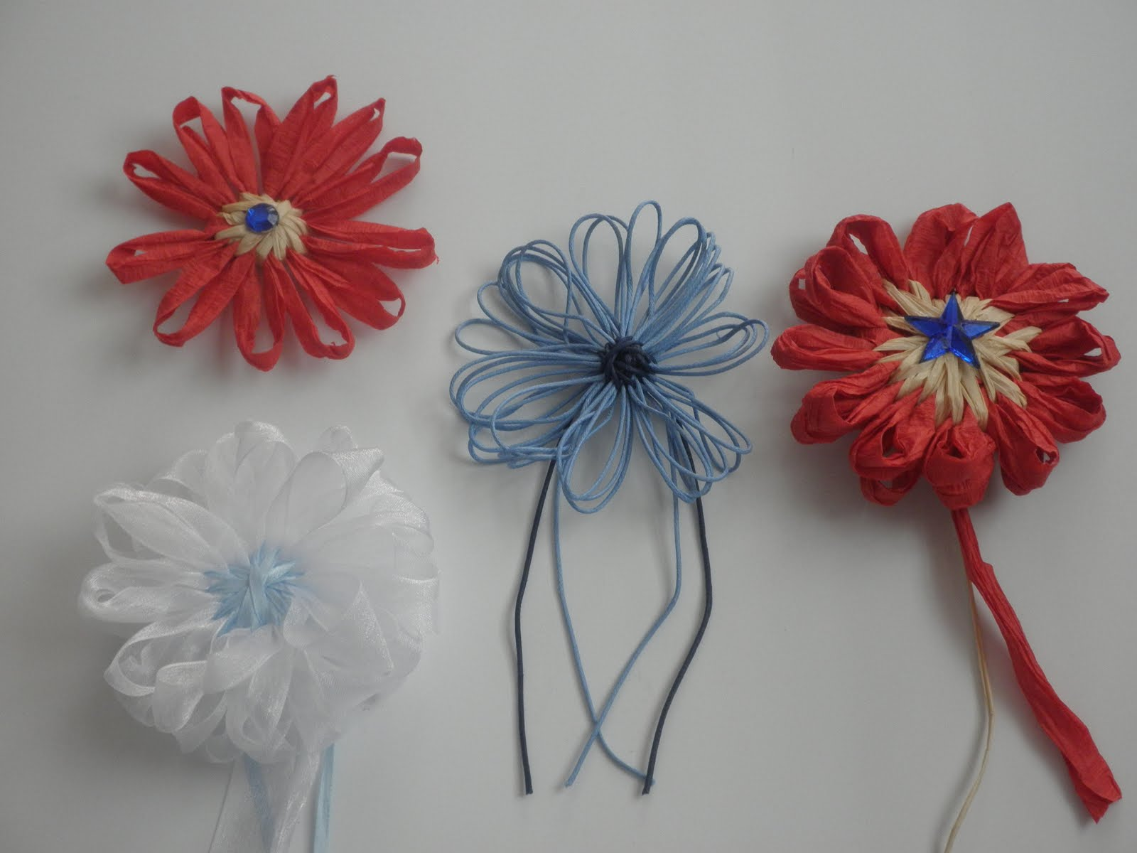 how to make a flower loom