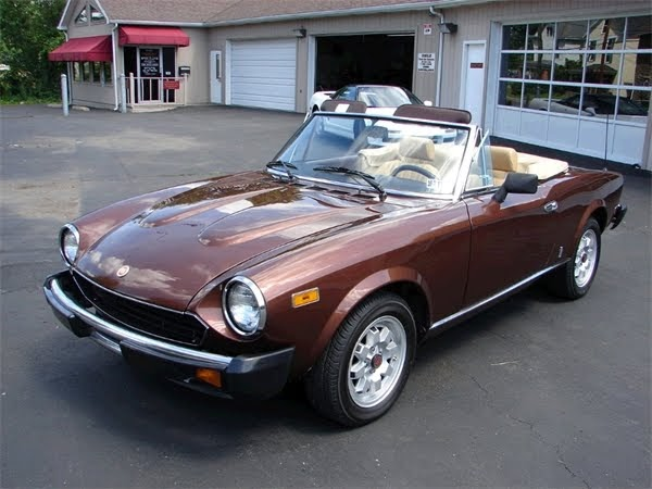 featured cars for sale 1980 fiat spider 2000 classic car for sale. Black Bedroom Furniture Sets. Home Design Ideas