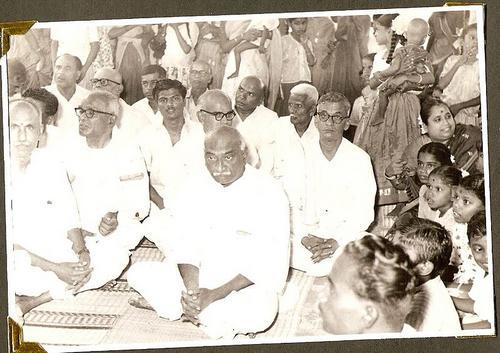 karmaveerar kamarajar Kamarajar was born into a family of traders in virudhunagar(yes, my native) on  july 15, 1903 his father  .
