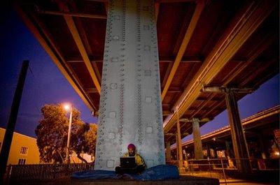 Питс блогва изпод моста