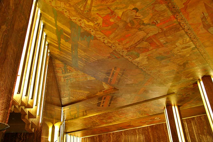 The chrysler building interior new autocars news for Chrysler building lobby mural