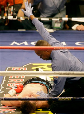 Referee stops the fight..