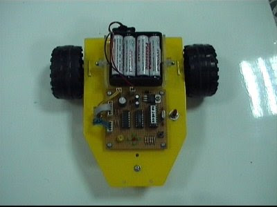 Prototipe Line Follower ROBOT