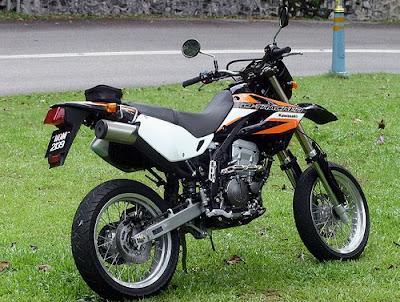 Kawasaki D-Tracker 250 cc