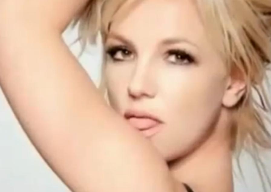 chicas enseñando el coño paris hilton porno