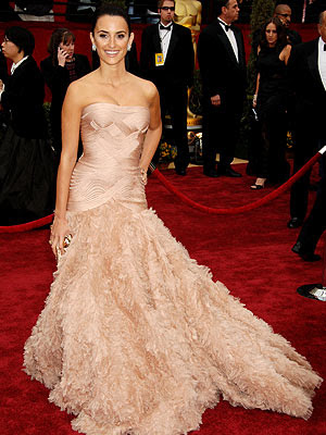 penelope cruz oscar dress