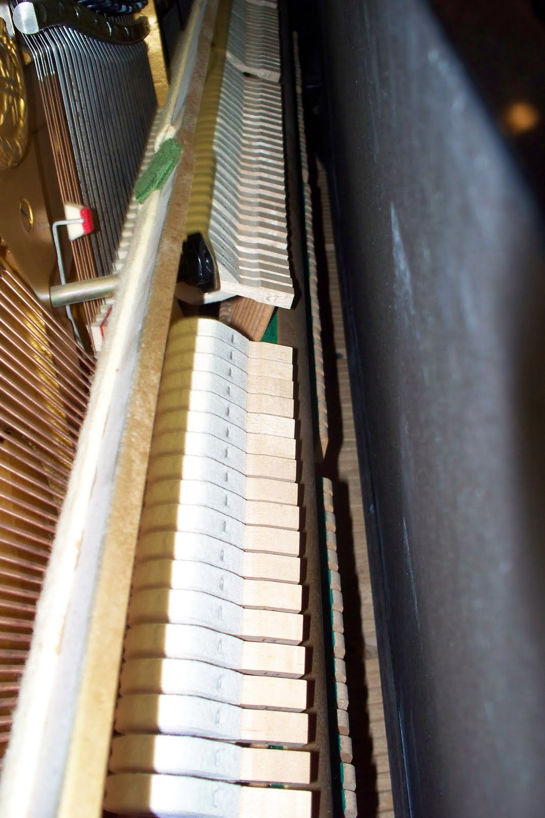 Ymaha U2 upright piano