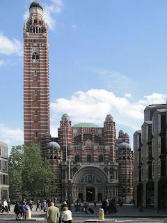 http://4.bp.blogspot.com/_BAX-FHZDbnE/RdHNbPesomI/AAAAAAAAARs/sDxWeq_g9i0/s320/WestminsterCathedralFull.jpg