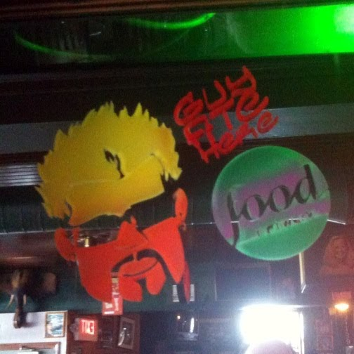 Fans of Diners, Drive-Ins and Dives: Dives Worth a Drive (DV0710H)