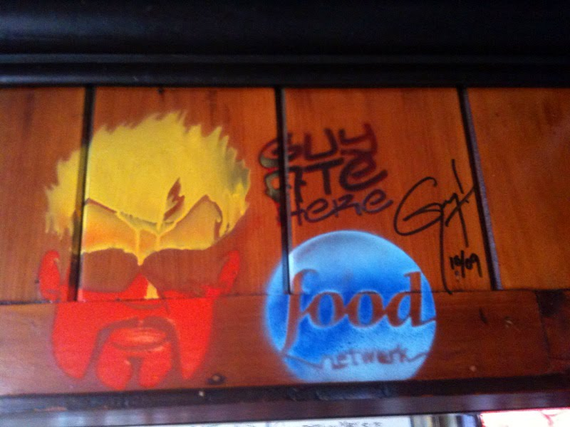 Fans of Diners, Drive-Ins and Dives: Blue Plate Special (DV0103)