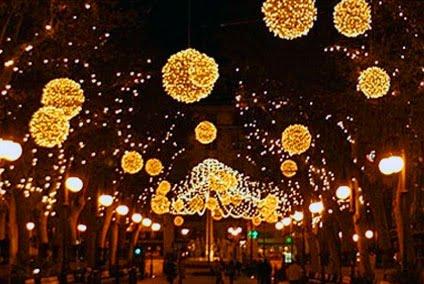 luces de navidad%25255B1%25255D Hot Model In Lingerie