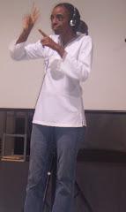 Intérprete da Lingua de Sinais Cubana