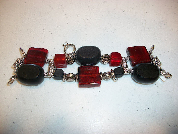 red/black/silver (W64)