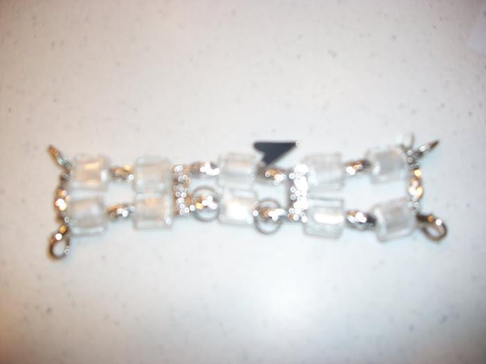 white/silver (W60)