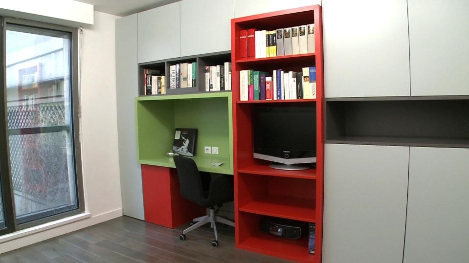 optimiser l 39 espace et apporter de la lumi re un studio situ en rdc. Black Bedroom Furniture Sets. Home Design Ideas