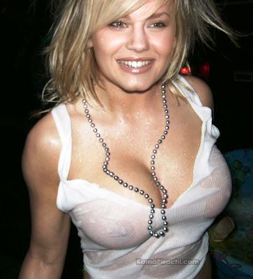 Elisha_Cuthbert_nipples_see_though_wet_dress.jpg