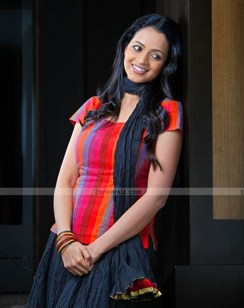 SouthIndian Actress Gallery: bhavana latest malayalam ...