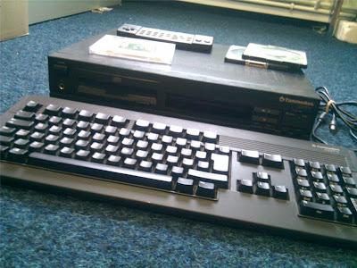 Amiga CDTV keyboard