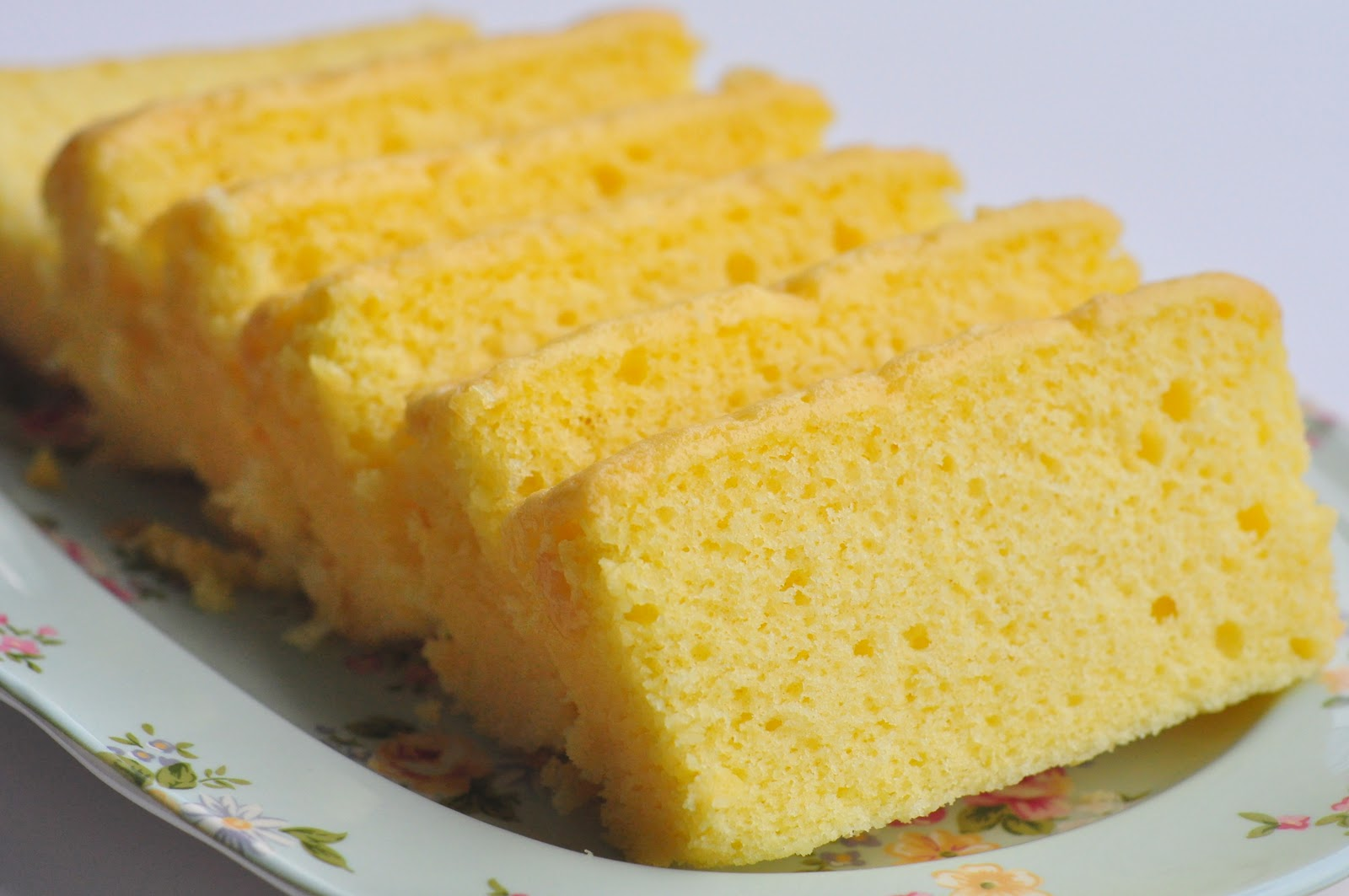 a spoonful of sugah: Vargas Butter Cake - the BEST butter ...