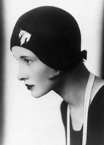 roaring 20s makeup. 1920s makeup look.