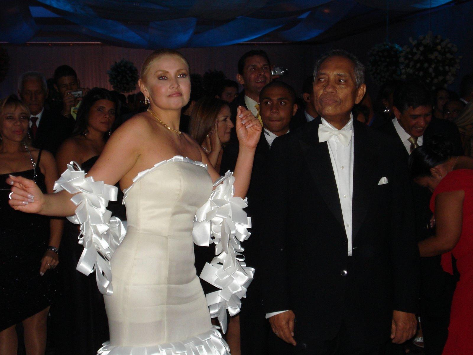 Matrimonio In Venezuela : Liz y raúl quero celebraron su matrimonio con un rumbón