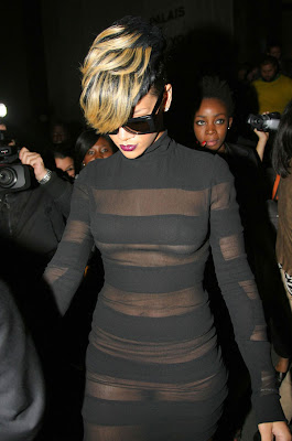 Rihanna in Black Dress sweeet photos