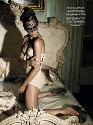 Victoria Beckham on Harper's Bazaar Magazine December 2009 hot photo